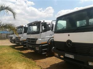 DO YOU HAVE YOUR OWN TRUCKS AND TRAILERS AND DONT HAVE A CONTRACT THEN CONTACT ME