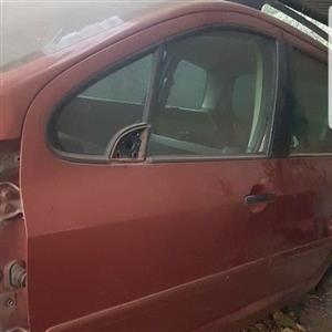 05 Peugeot 307 _ Car Doors Front and Back _ R800 each