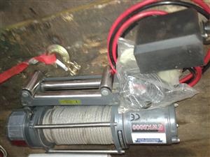 Winch and split batter charging system