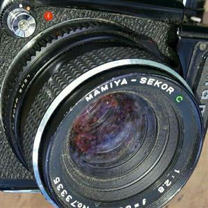 vintahe mamiya camera