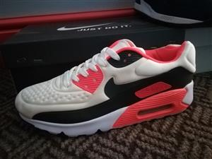 Nike Airmax 90 for sale R700