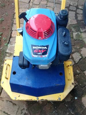 Concrete/brick cutter and floor grinder
